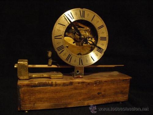 Reloj de chimenea